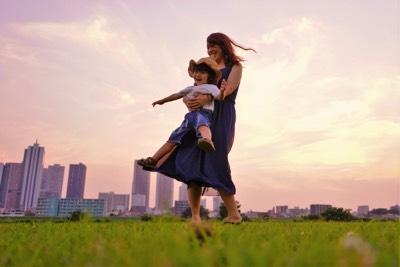 「巻き込み型強迫」と愛着の関係:強迫症の人と「甘え」